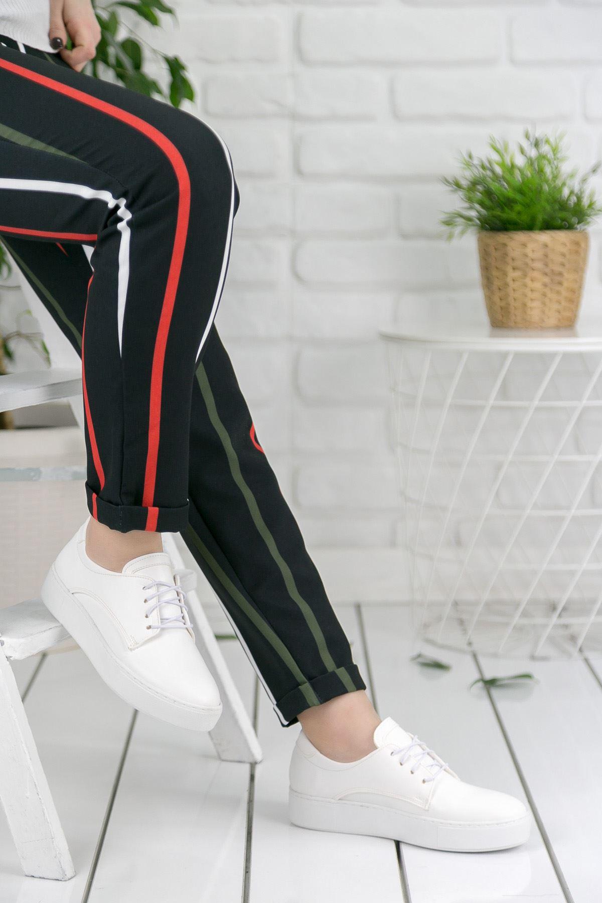 Risa Beyaz Bağcıklı Kadın Spor Ayakkabı