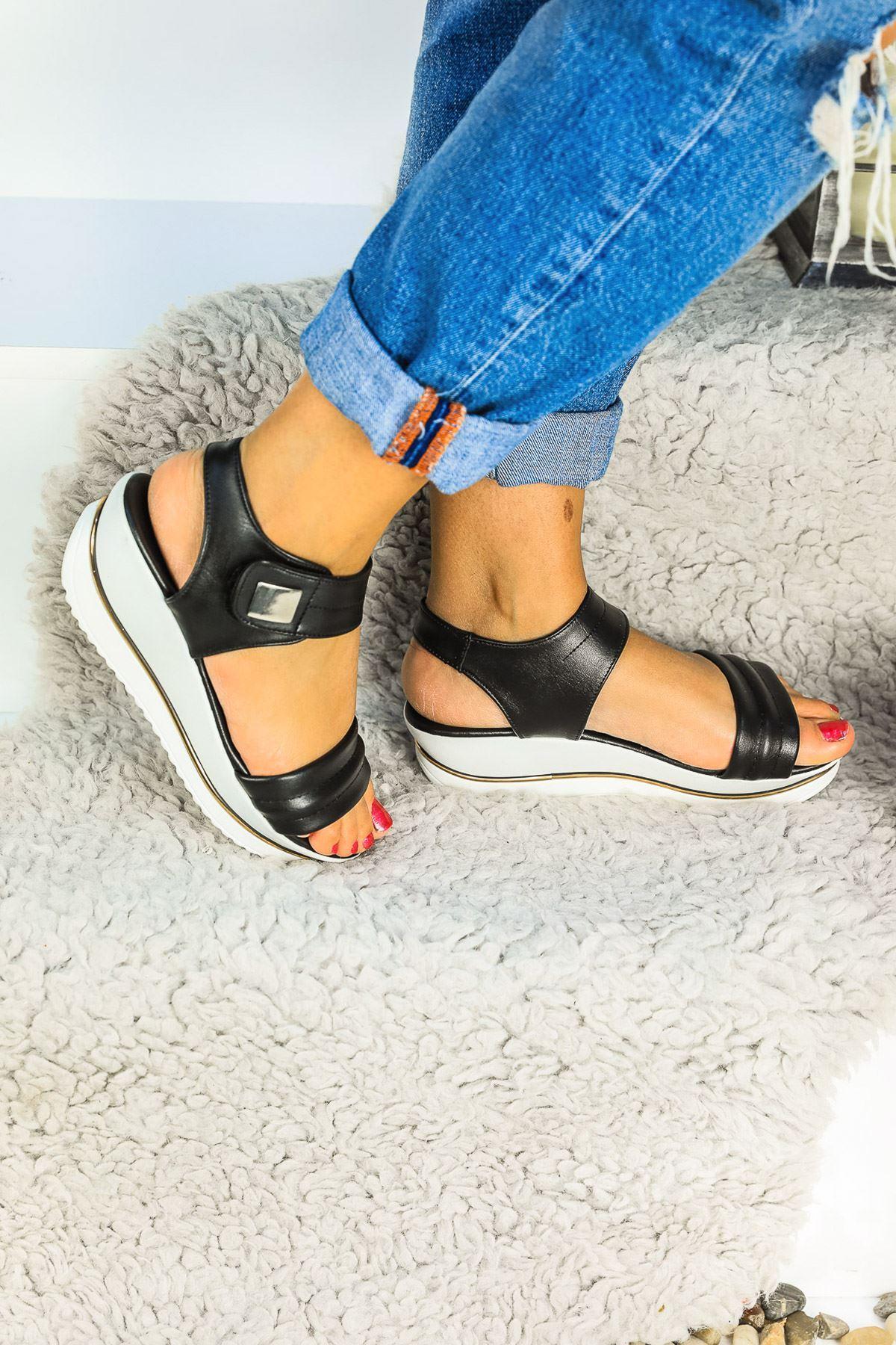 Bianca Ortapedik Siyah Cilt Bayan Sandalet