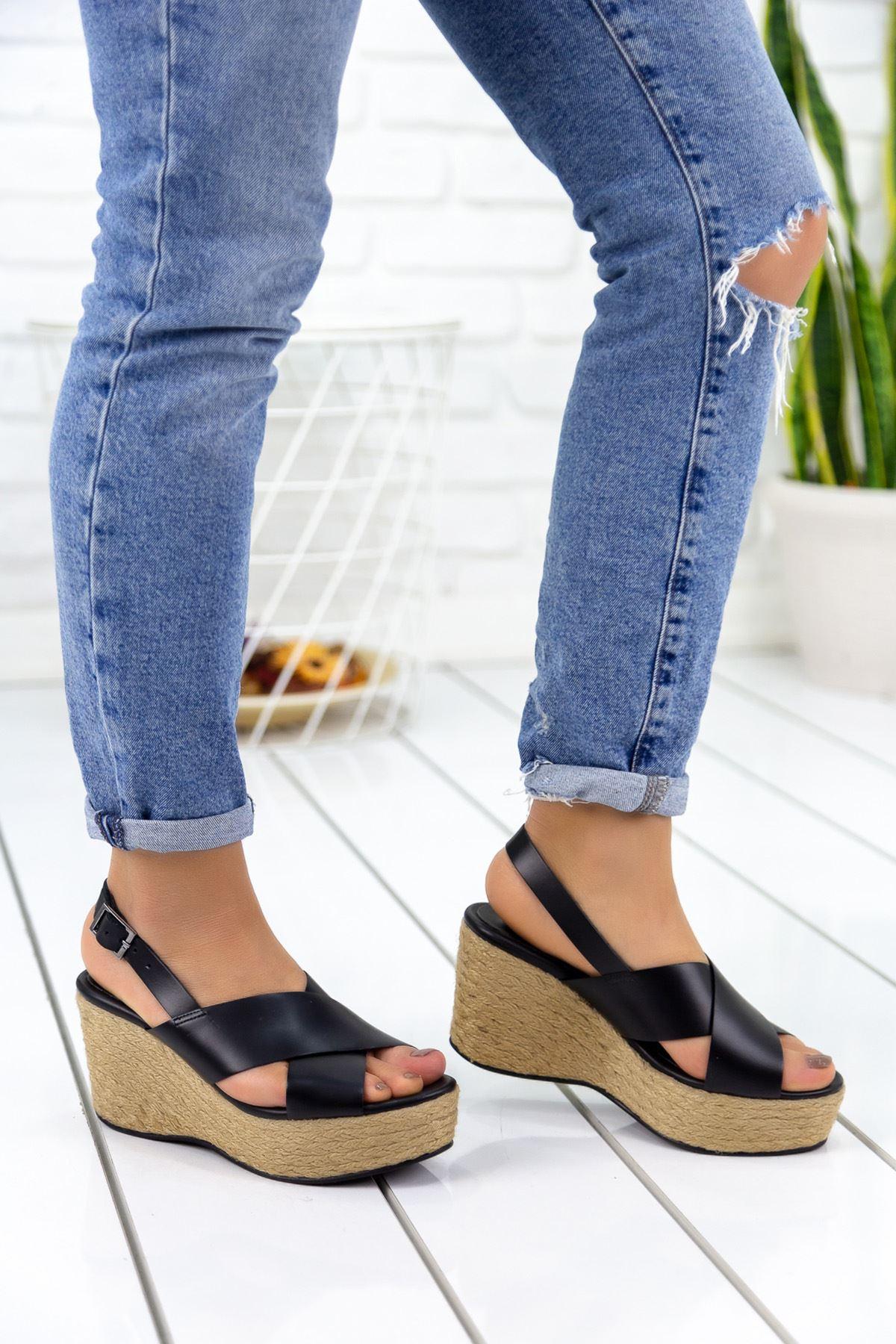 Nolly Siyah Hasır Tabanlı Hakiki Deri Platform Bayan Ayakkabı