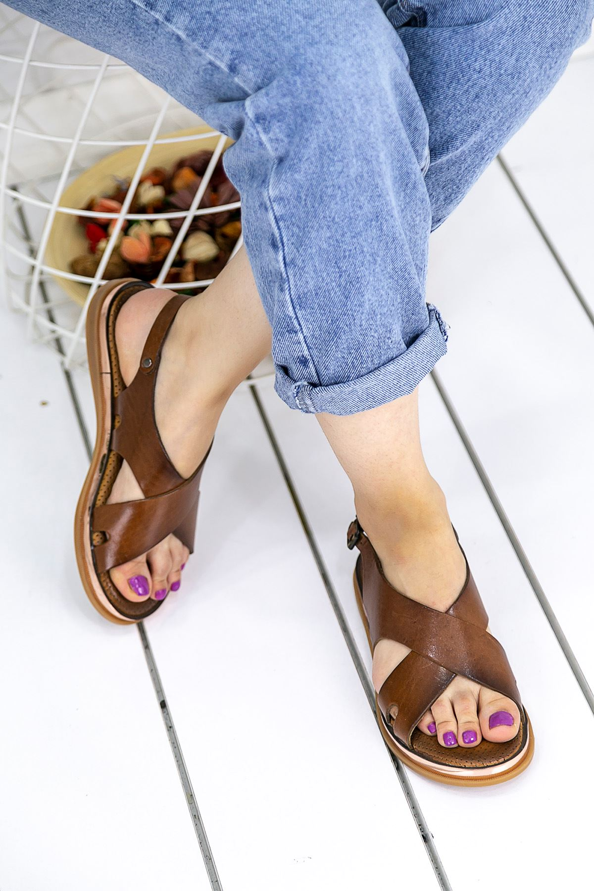Titan Taba Hakiki Deri Ortapedik Bayan Sandalet