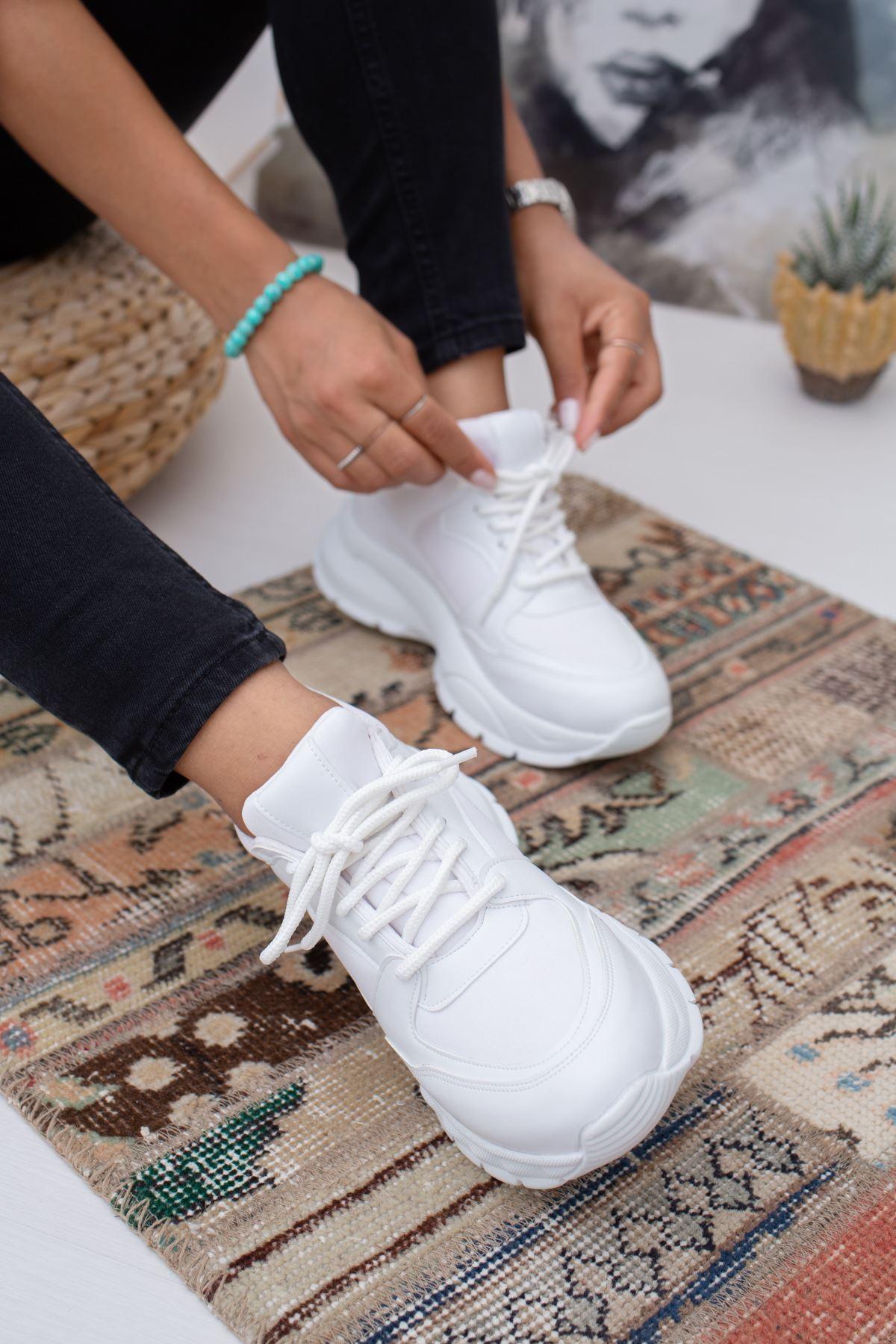 Lezan Beyaz Ortapedik Bayan Spor Ayakkabı