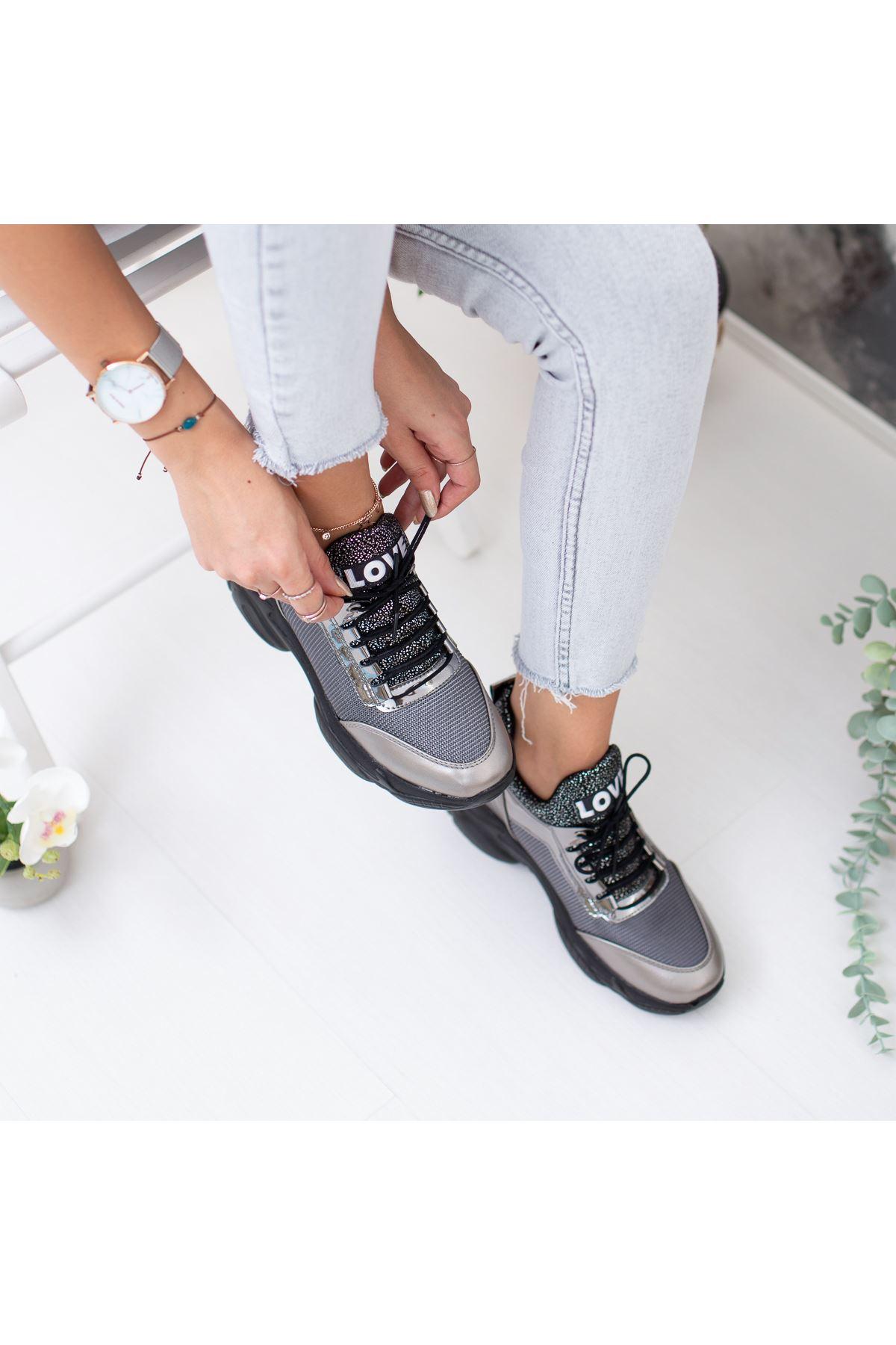 Rota Gri Gizli Topuk Bayan Spor Ayakkabı