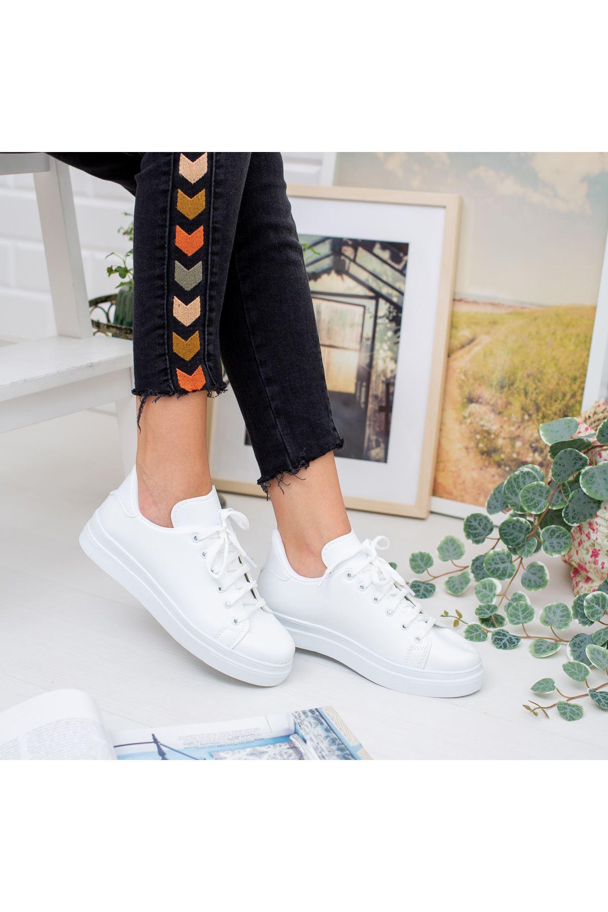 Brisha Beyaz Bayan Spor Ayakkabı