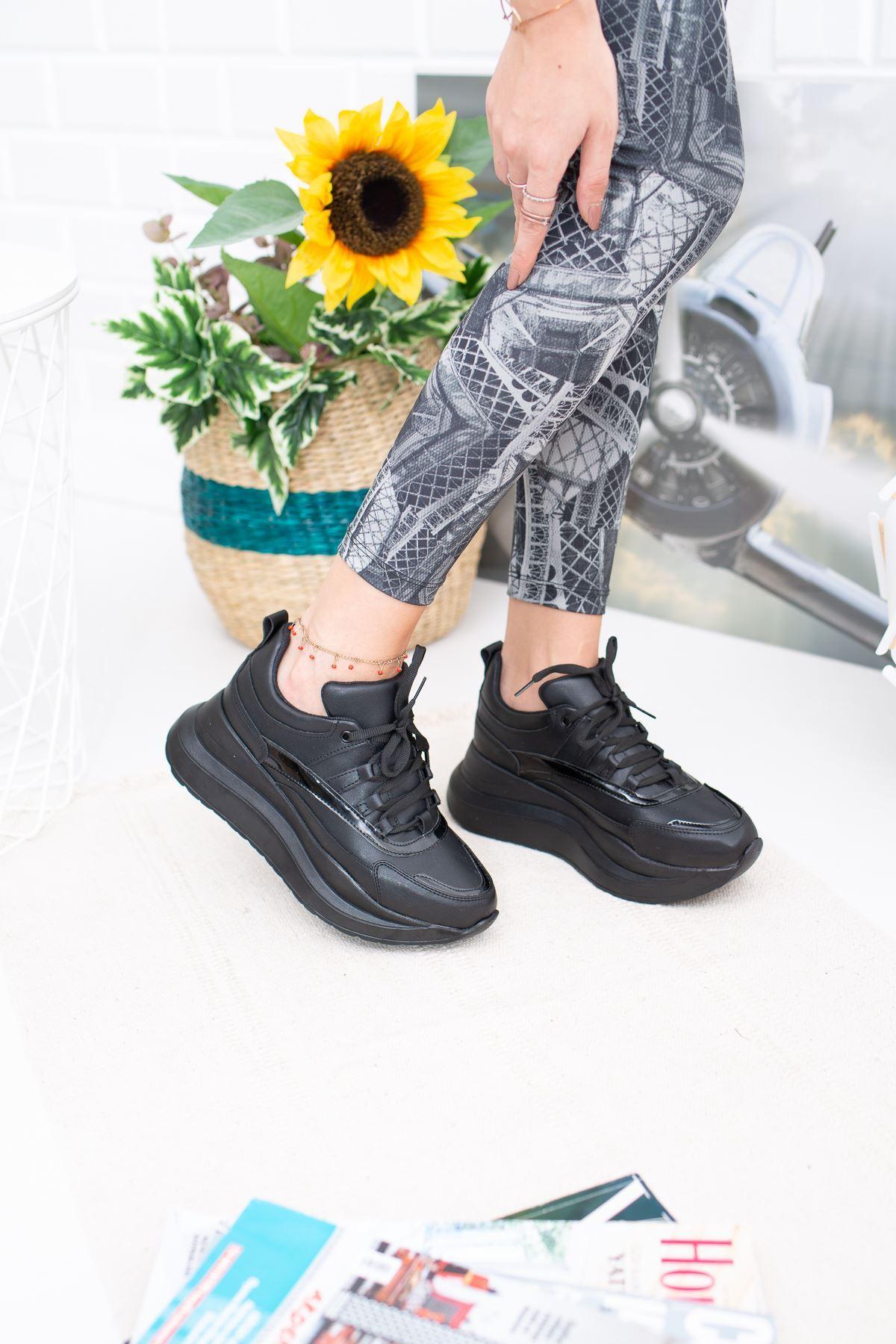 Larisa Yüksek Taban Ortapedik Siyah Bayan Spor Ayakkabı