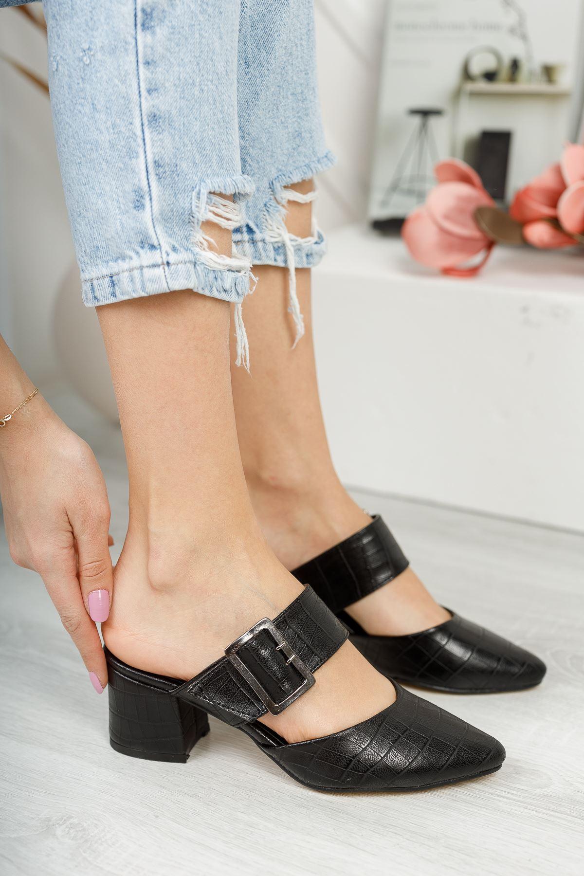 Finik Lüks Tokalı Siyah Yüksek Topuk Kadın Terlik