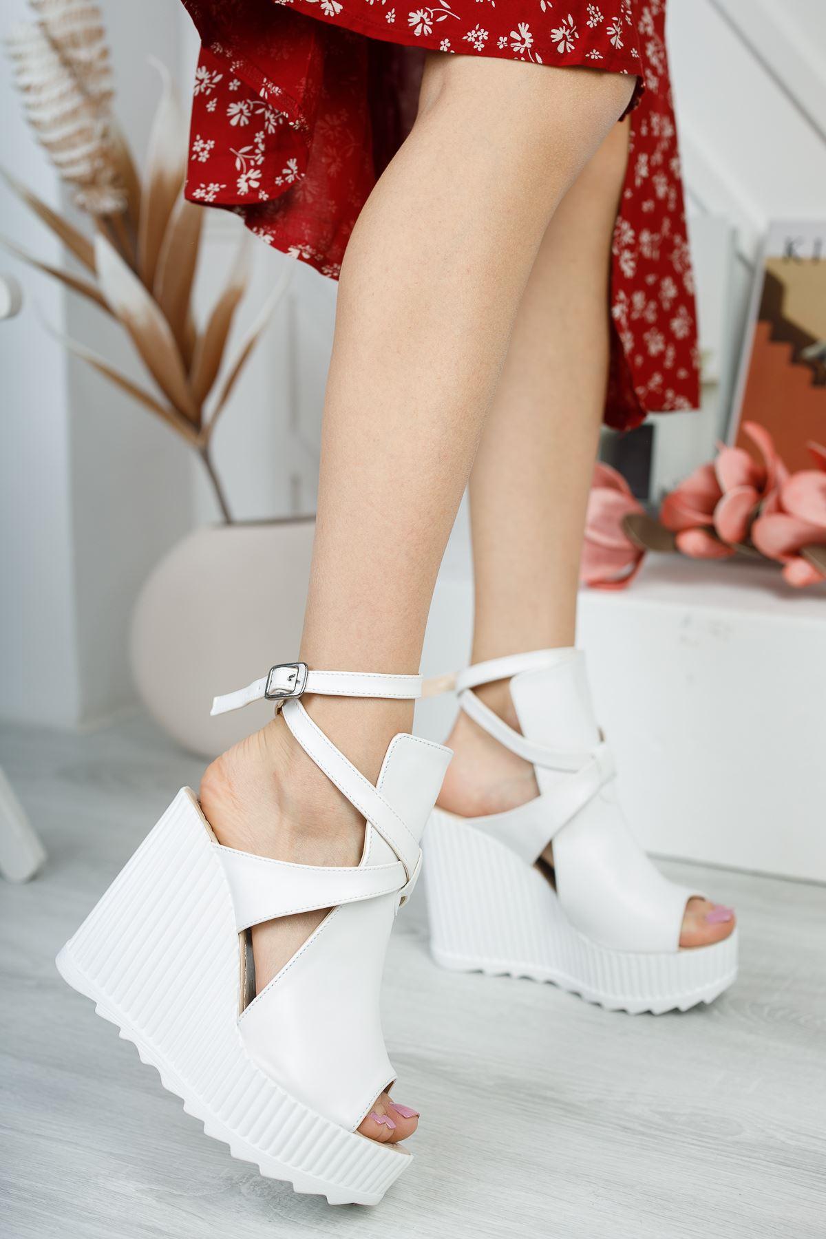 Gemaş Beyaz Cilt Platform Topuk Kadın Ayakkabı