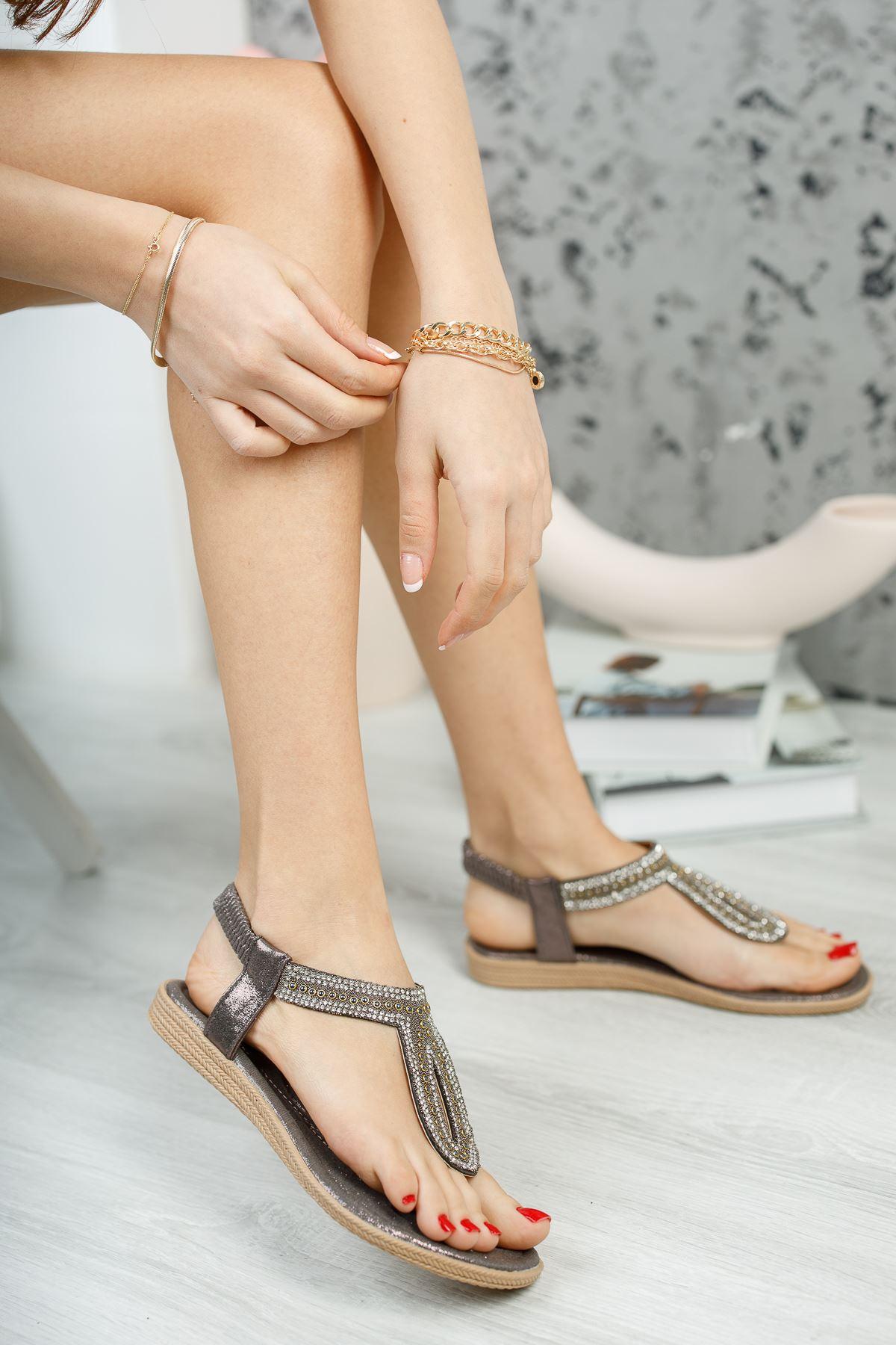 Jully Bakır Parmak Arası Kadın Sandalet
