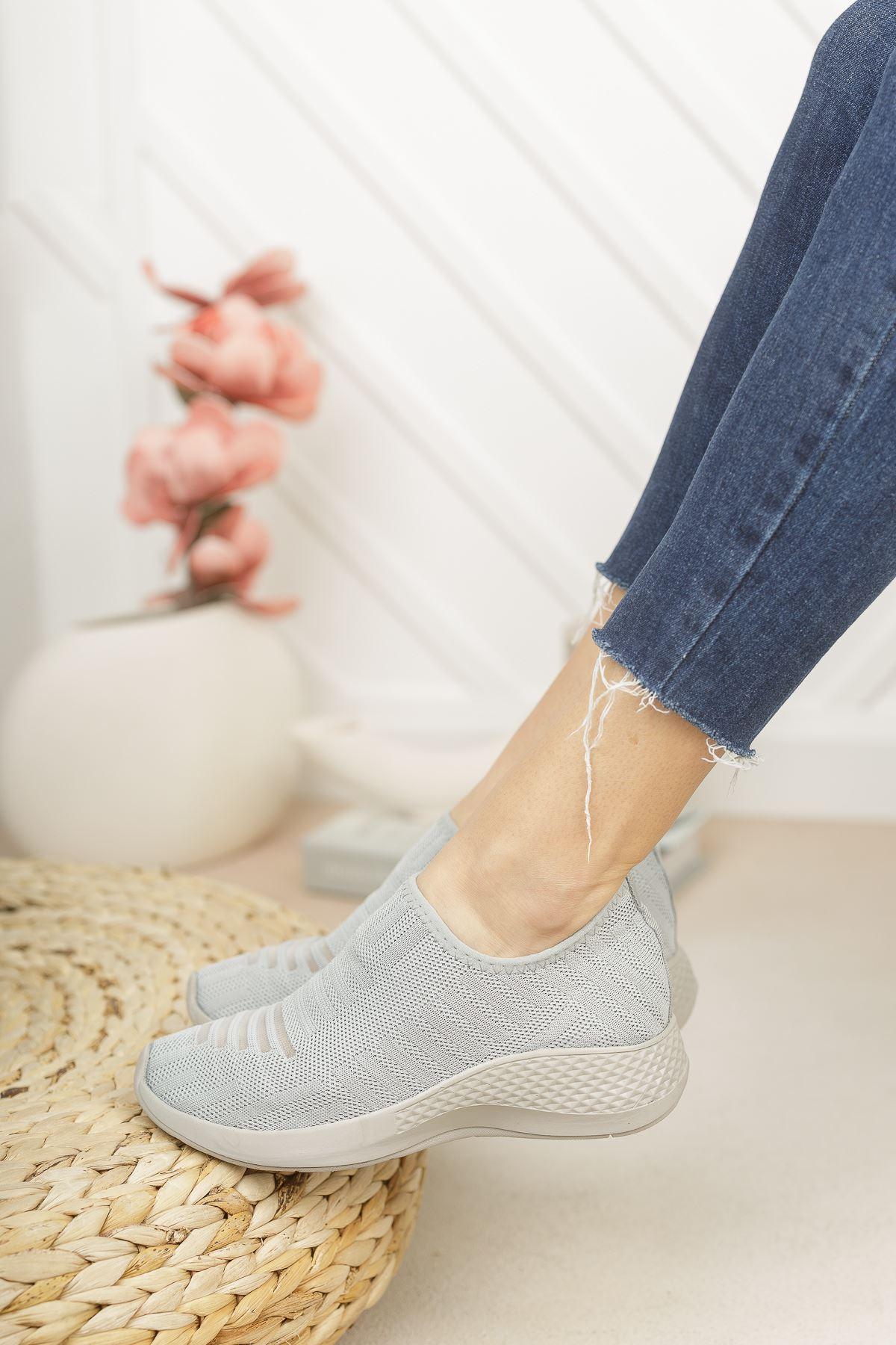 Vesna Gri Bağcıksız Triko Kadın Spor Ayakkabı