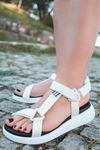 Jeff Beyaz Cırtlı Kaymaz Tabanlı Kadın Sandalet